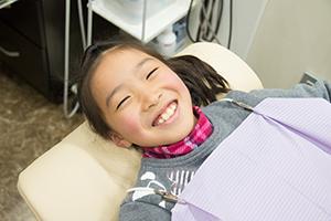 子供の歯磨き練習指導